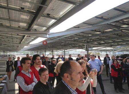 Auchan Retail France e Helexia inaugurano una struttura ombreggiante fotovoltaica nel nuovo parcheggio del centro Bordeaux-Lac