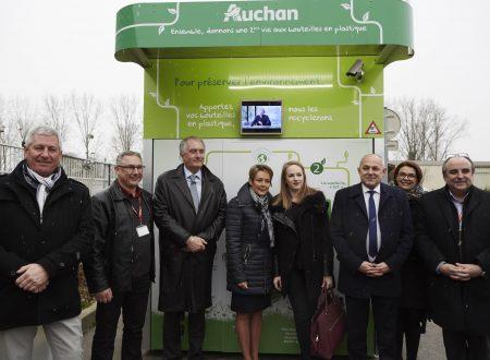 Auchan Retail France si impegna a riciclare 100 milioni di bottiglie di plastica entro il 2020